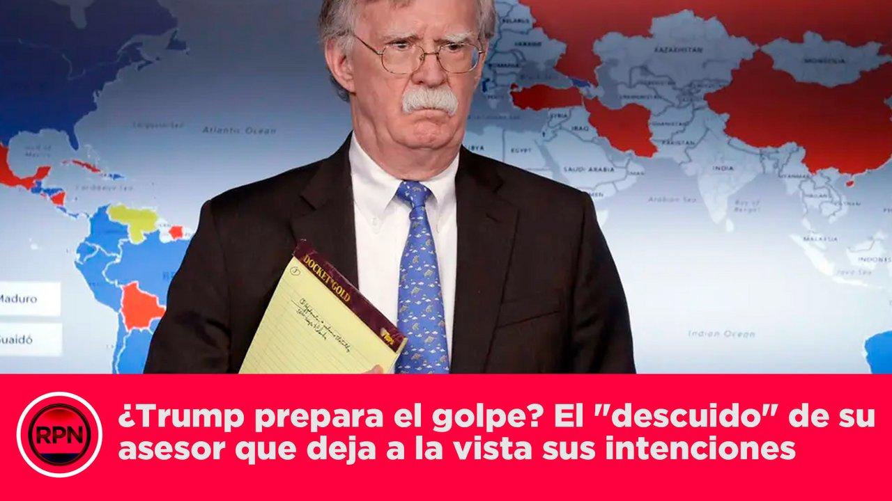 """Andrea Duro Descuido video) ¿trump prepara el golpe? el """"descuido"""" de su asesor"""